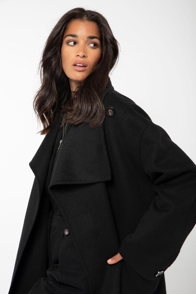 Lana Solid Coat Black