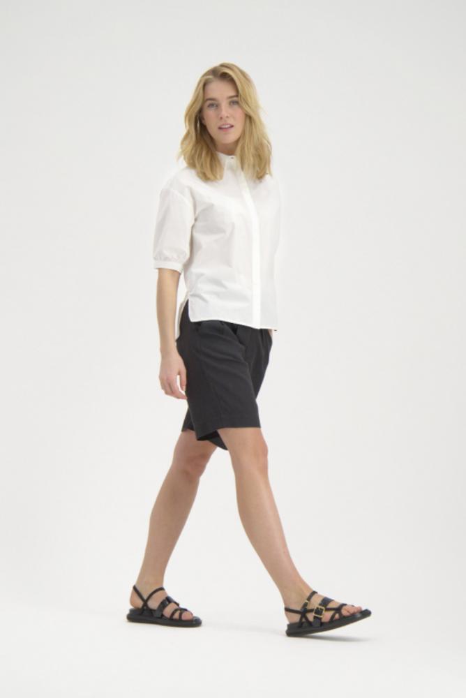Yin Shorts Black