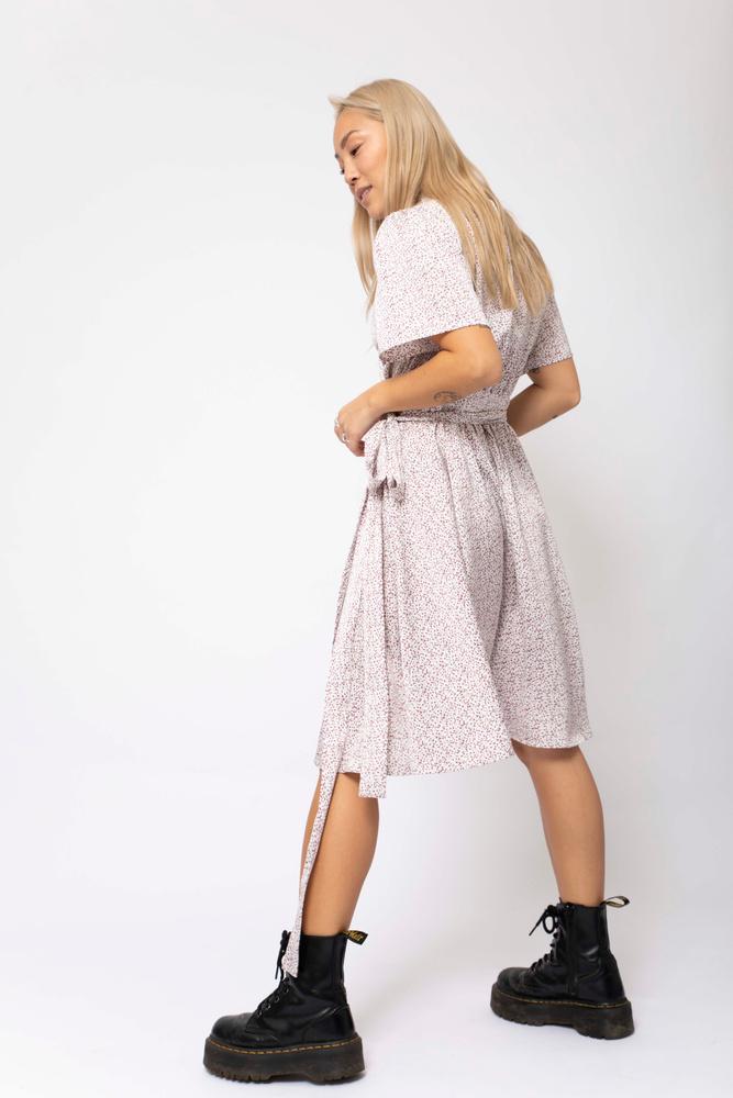 Eva Wrap Dress Lavender Print