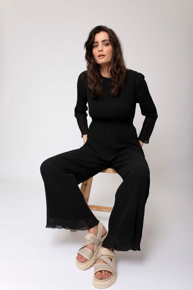 Alaya Pleated Trouser  Black
