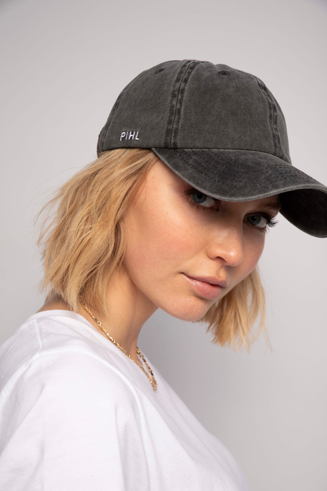 Lily Cap  Washed Black