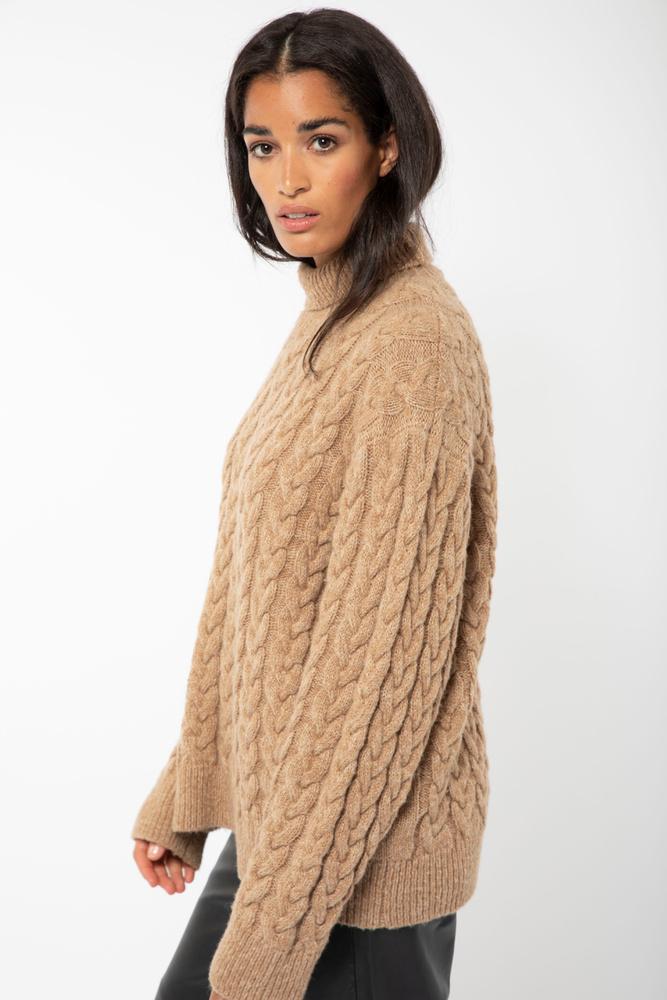 Frosted Cabel Knit  Camel Melange